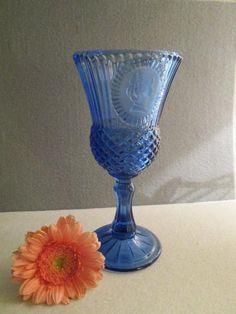 Pressglas blauer Kelch von Avon Retro !!! Vintage !