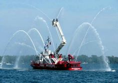 Fire boat in Toronto Harbour Fire Dept, Fire Department, Cool Fire, Fire Fire, Firefighter Gear, Fire Equipment, Rescue Vehicles, Tug Boats, Fire Apparatus