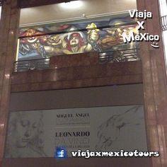 Adiós a Davinci @viajaxmexico así el palacio el viernes 2am #bellasartes @igers @igersmexico #arte #cultura #cdmx #chilango #miciudad #miguelangel