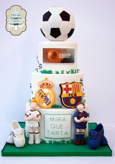 Futbol cake Real Madrid Barcelona by #MiraqueTarta