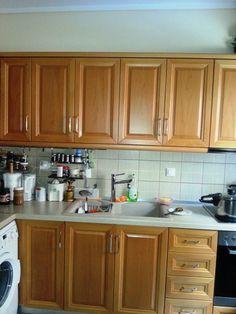 Spiti Experts ανακαίνιση κουζίνας ξυλοτεχνική Kitchen Cabinets, Home Decor, Decoration Home, Room Decor, Kitchen Base Cabinets, Dressers, Kitchen Cupboards, Interior Decorating