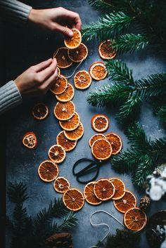 Gingerbread Village, Gingerbread Cake, Christmas Post, Simple Christmas, Christmas Stars, Xmas, Cozy Christmas, Christmas Ideas, Christmas Decorations