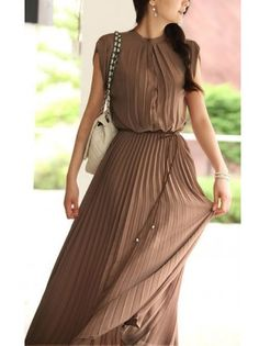 Boho Pleated Maxi Dress..would be cuter if it hit just below the knee