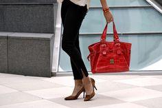 Britt+Whit: Red Dooney & Bourke bag with animal print heels!