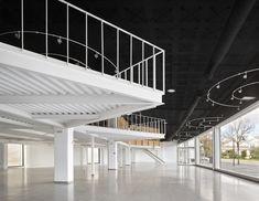 Gallery of Showroom Plicosa / Miel Arquitectos - 15