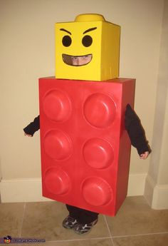Get square as a Lego man. - Cardboard Box , Get square as a Lego man. Get square as a Lego man. Lego Man Halloween Costume, Lego Man Costumes, Homemade Halloween Costumes, Kids Costumes Boys, Halloween Kids, Halloween Crafts, Diy Lego Costume, Zombie Costumes, Halloween Couples