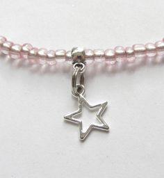 Ketten - Kinderkette mit kleinen Sternen rosa-silber - ein Designerstück von soschoen bei DaWanda