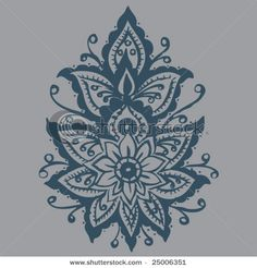 Mendhi lotus! I want this on my back!!