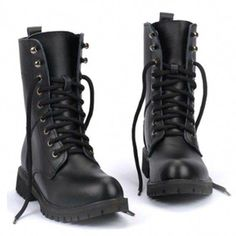 New Style England Black Men's Martin Boots Leather Lacing Up Men's Motorcycle Boots Couple Combat Boots Women's Shoes, Mode Shoes, Me Too Shoes, Shoe Boots, Leather And Lace, Leather Men, Leather Boots, Leather Jackets, Black Leather