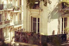 montmarte balconies / nicolasv