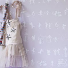 Hibou Home Wallpaper: Animal Parade in Chalk Pink & White : Just Kids Wallpaper Kids Bedroom Wallpaper, Happy Wallpaper, Perfect Wallpaper, Home Wallpaper, Kindergarten Wallpaper, Nyc, Wallpaper Online, Modern Kids, Little Girl Rooms