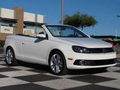 Looking for a convertible to enjoy the sunny spring weather? Look no further! VW North Scottsdale has a wide selection of VW Eos Convertibles including this Candy White drop-top!