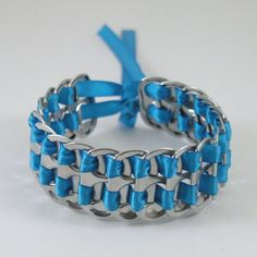 This braclet is on esty for like 6 bucks!  How hard can this really be?  I think me and the girls can pull this off