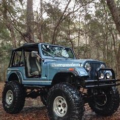 This type of photo is a quite inspirational and fabulous idea Cj Jeep, Jeep Mods, Jeep Cj7, Jeep Wrangler Yj, Jeep Truck, Blue Jeep, Badass Jeep, Vintage Jeep, Jeep Accessories