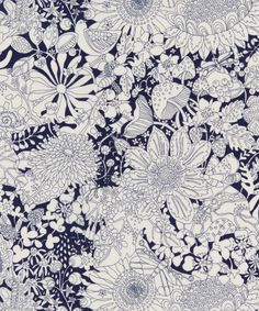 In this Liberty print, flora and fauna coexist under the flowerbeds in a monotone world that captures the charm of the English countryside in spring and summer.