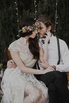 Un elopement boho-chic muy cuidado - All Lovely Party Boho Chic, Lace Wedding, Wedding Dresses, Bride, Party, Fashion, Wedding Dress Lace, Elegant, Bride Dresses