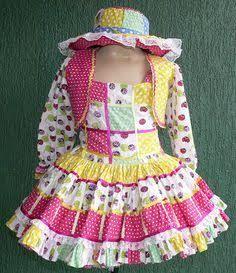 Resultado de imagem para vestido caipira infantil manga longa