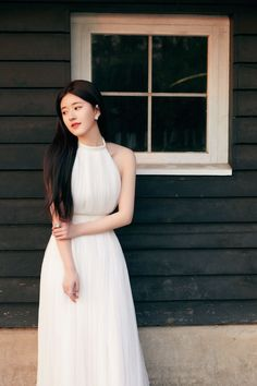 Casual Dresses, Fashion Dresses, Girls Dresses, Simple White Dress, Korean Girl Photo, Beautiful Chinese Girl, Stylish Dress Designs, Crop Top Outfits, Stylish Girl Pic