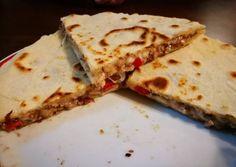Homemade tortilla Quesadilla Recipe by Éva Berei Nagy - Helen Home Pita Pizzas, Taco Pizza, Homemade Tortillas, Quesadilla Recipes, Naan, Enchiladas, Sandwiches, Hamburger, Food Porn