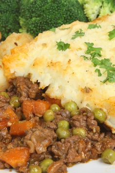 Shepherd's Pie – Weight Watchers (7 Points) This was delicious! It didn't fit in the pie plate so I made an additional smaller dish. Added garlic powder and milk to the mashed potatoes and brushed milk on top during the baking. Will definitely make again!