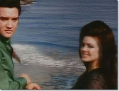 Elvis and Priscilla Presley at the Halona Blow Hole lookout, Hawaii, May 1968
