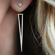 Diamond Open Dagger Ear Jackets - These amazing ear jackets have carats of diamonds Set in White Gold. Ear Jewelry, Cute Jewelry, Jewelery, Jewelry Watches, Jewelry Accessories, Jewelry Design, Silver Jewellery, Schmuck Design, Ear Piercings