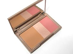 Urban Decay NAKED Flushed. - My fave!!!