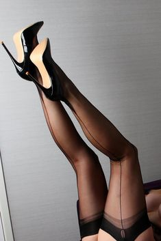 Stockings Heels, Nylon Stockings, Sexy Legs And Heels, Sexy High Heels, Fully Fashioned Stockings, Great Legs, Hot Shoes, Beautiful Legs, Sexy Hot Girls