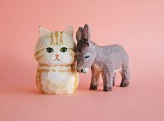 画像5: 木彫り人形ねこ アメリカンショートヘア クリーム系 Wood Carving Art, Clay Figurine, Clay Design, Wooden Art, Woodcarving, Wood Sculpture, Clay Art, Japanese Art, Pet Toys