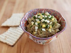 Learn to make delicious vegetarian chopped liver with sauteed onions, hard boiled eggs, peas, and walnuts. Kosher, pareve.