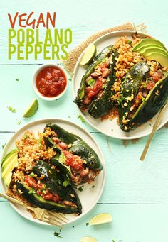 Stuffed Poblano Peppers DELICIOUS Vegan Stuffed Poblano Peppers with brown rice and pinto beans! 10 HEALTHY ingredients and so satisfyingDELICIOUS Vegan Stuffed Poblano Peppers with brown rice and pinto beans! 10 HEALTHY ingredients and so satisfying Baker Recipes, Vegan Recipes, Snack Recipes, Mexican Food Recipes, Whole Food Recipes, Ethnic Recipes, Avocado Dressing, Stuffed Poblano Peppers, Vegan Stuffed Peppers