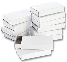 Weiße Streichholzschachteln lassen sich ideal individuell in Bastelprojekte mit einbauen. Gestalten Sie die Schachteln passend nach Ihren Vorstellungen und Wünschen. Mehr unter www.folia.de
