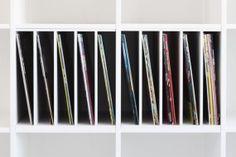 ein postfach macht dein ikea kallax zu einem plattenregal. Black Bedroom Furniture Sets. Home Design Ideas