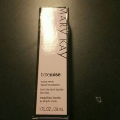 Ivory 5 Matte  Foundation Matte wear liquid foundation combo to oily skin and ivory 5 Mary Kay Makeup Foundation
