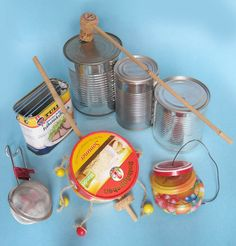 Basteln Sie ein ganzes Orchester mit Ihrem Kind! Pop Can Crafts, Diy Crafts For Kids, Aluminum Foil Crafts, Homemade Musical Instruments, Fun Songs, Music Activities, Recycled Crafts, Diy For Teens, Diy Toys