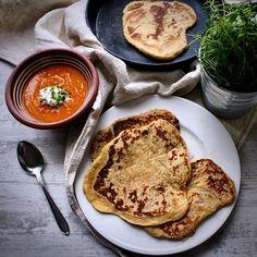 """Birkkalan Tila sanoo Instagramissa: """"Birkkalan naanleivät valurautapannulla 8-12 leipää Ainekset: 1 dl vettä tai (kasvi)maitoa 1 rkl hunajaa 1 tl suolaa 1 pss kuivahiivaa n.…"""" Tila, Pancakes, French Toast, Breakfast, Food, Morning Coffee, Essen, Pancake, Meals"""