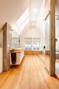 Best Garden Decorations Tips and Tricks You Need to Know - Modern Bathroom Floor Tiles, Kitchen Tiles, Tiled Hallway, Floor Sitting, Garage Remodel, Tiles Texture, Level Homes, Living Room Modern, Tile Design