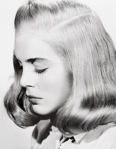six days does not a week make   — summers-in-hollywood:  Lizabeth Scott, 1947