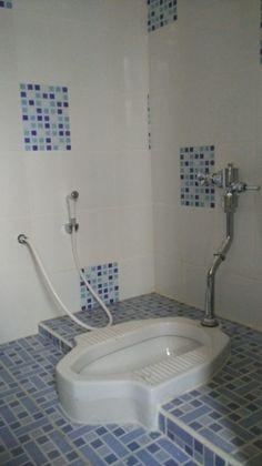 kamar mandi kloset jongkok Contoh Kamar Mandi Sederhana Kloset Jongkok Renovasi Rumah