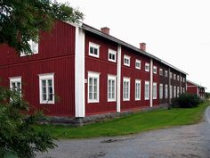 Wooden House, Love Home, Scandinavian Home, Old Buildings, Helsinki, Old Town, Old Houses, Countryside, Home And Garden
