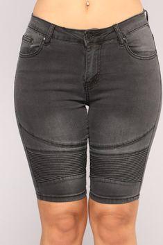 c7eac69cf3b26 19 best bermuda jean shorts images in 2018 | Ladies fashion, Woman ...