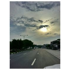 #cloudy#morning#sky#sunrise#rising#sun#cloud#roadtrip#drive#philippines#空#雲#太陽#朝日#フィリピン#ドライブ