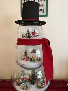 Holiday season is the best time to make some cool DIY Christmas crafts in a cozy afternoon with your kids and toddlers. Here you will find some easy and simple ideas to make rustic christmas ornaments, centerpieces, homemade wreaths, snowman, snowflakes, handmade wooden reindeers, Christmas signs. These holiday crafts are made from pinecone, mason jar, paper, wine bottles, and cheap dollar store items. These DIY projects can be memorable gifts to loved ones. #holidaycraft #christmascrafts…