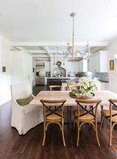 Traditional Style Bungalow-Marie Flanigan Interiors-07-1 Kindesign