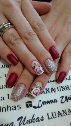 Matte Nail Polish, Short Nails Art, Nail Decorations, Flower Nails, Nail Tutorials, Winter Nails, Red Nails, Manicure And Pedicure, Christmas Nails
