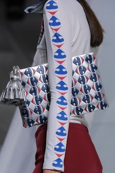 finest selection 783c9 e4d33 Anya Hindmarch Spring 2016