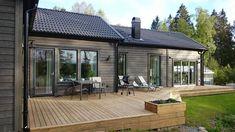 Wooden House Plans, Cabin House Plans, Contemporary Barn, Prefabricated Houses, Solar House, Container House Design, Exterior House Colors, Cottage Design, Farmhouse Plans