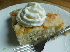 Peaches are in season.. I love peaches but for me it is more of a treat when baked into something, it's one fruit I don't enjoy as much fresh, I know..I'm strange  I wanted something quick, easy and low in points so I created this delicious peach crumble biscuit pie, makes 4 large servings …