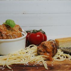 image Spaghetti, Pasta, Ethnic Recipes, Food, Beautiful, Essen, Meals, Yemek, Noodle