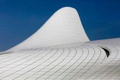 Heydar Aliyev cultureel centrum door Zaha Hadid